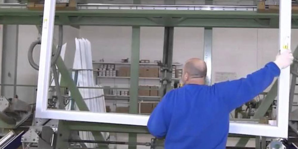 Fabricant de fenêtres PVC et porte-fenêtre PVC sur mesure