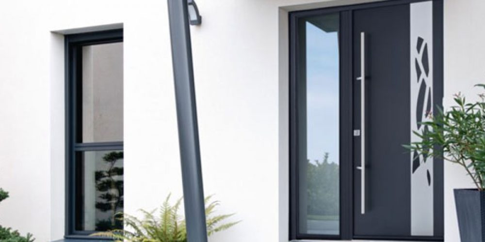 Conseils pour bien choisir une porte d'entrée en aluminium