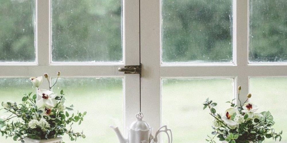 Pose de fenêtres en bois sur mesure dans le Val d'Oise