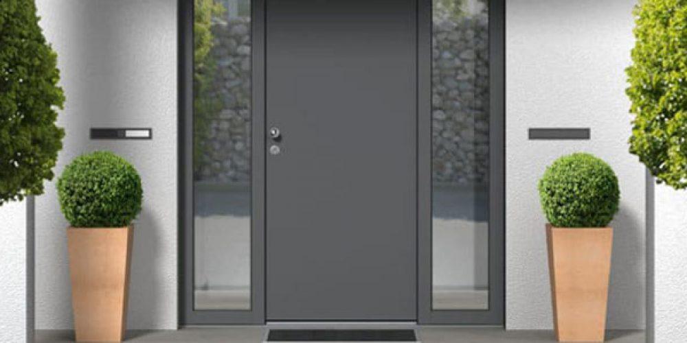 Rénovation de porte d'entrée : commander un modèle sur mesure  à Mulhouse